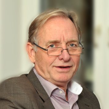 Dipl. Ing. Peter Dübbert